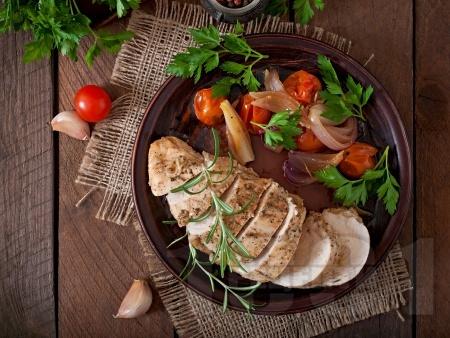 Глазирано пилешко филе с зеленчуци на тиган - снимка на рецептата